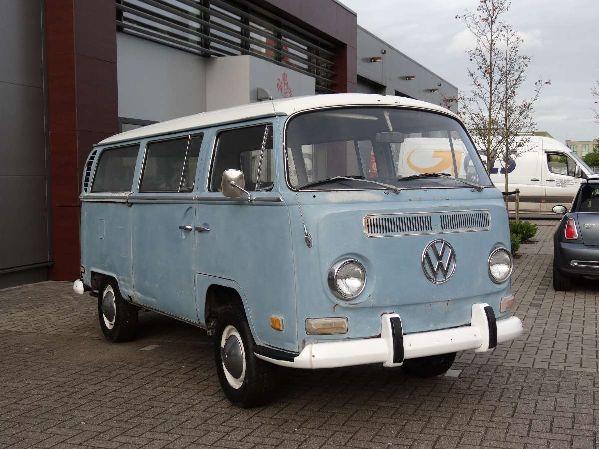 Bbt nv blog for sale 1970 ubercool early bay window bus for 16 window vw bus for sale