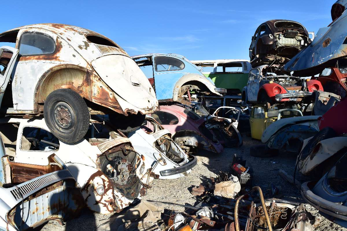 BBT nv // Blog » A day at the largest VW junkyard of planet