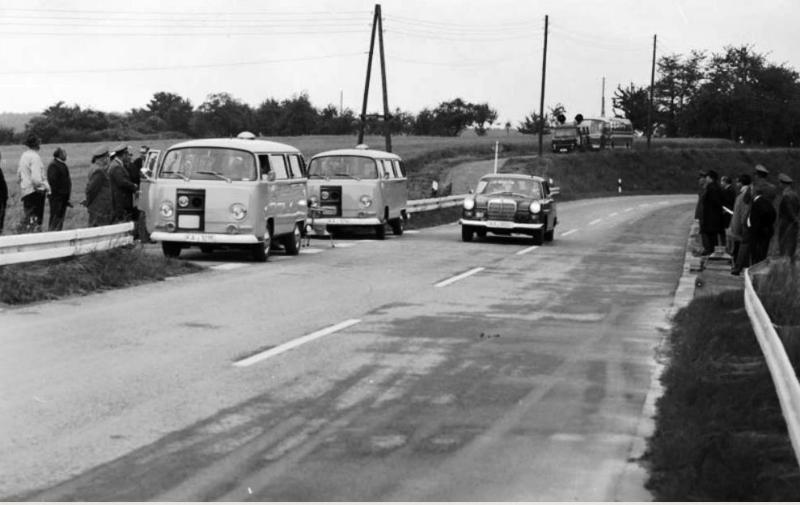 1015-KarlsruheRadarfallen1969_resized