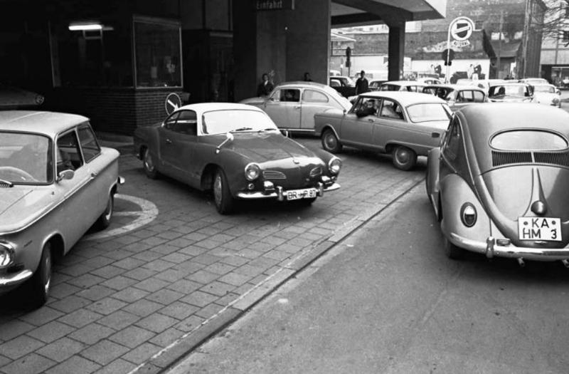 KarlsruheParkhaus1963_resized